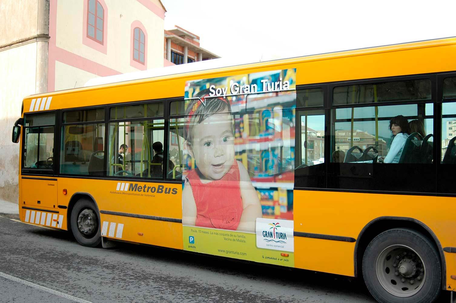 Rotulación publicidad CC Gran Turia en bus