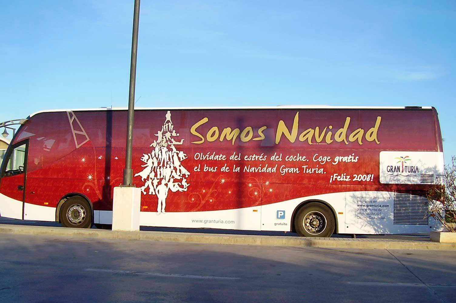 Rotulación integral para el bus de la Navidad CC Gran Turia