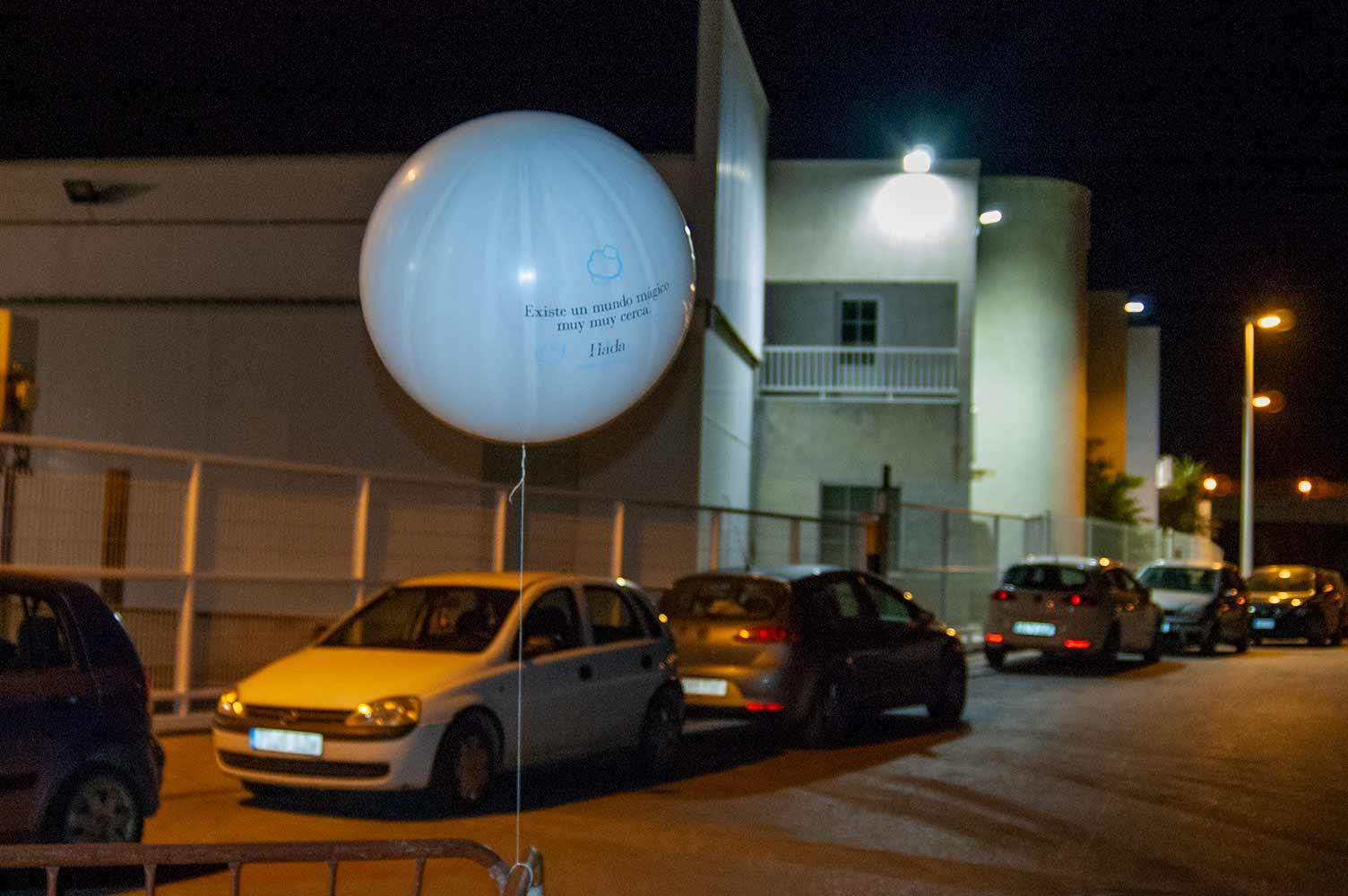paña de publicidad mensaje en globo helio