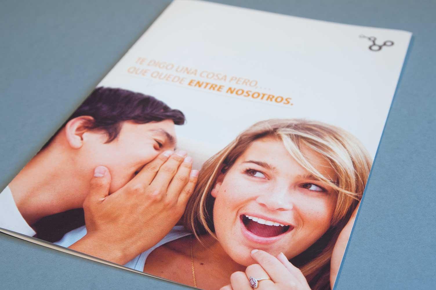 Folleto de campaña tarjeta de cliente EntreNosotros
